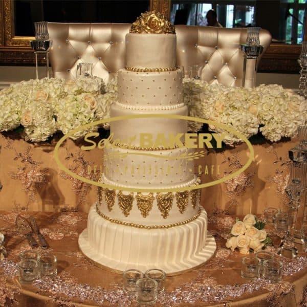 Wedding Cake Gold - Select Bakery