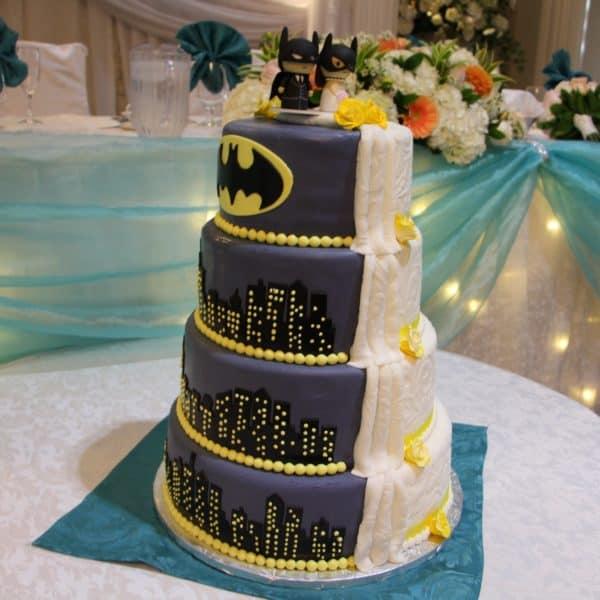 Wedding Cake White & Gold - Select Bakery