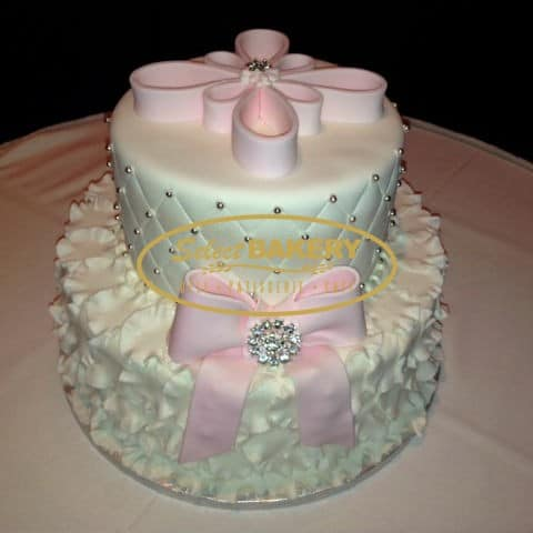baptism-cake-with-jewellery-bow-443