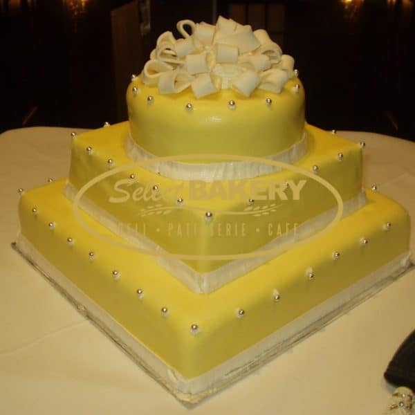 Wedding Cake 107 yellow