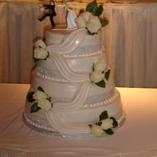 Wedding Cake 115