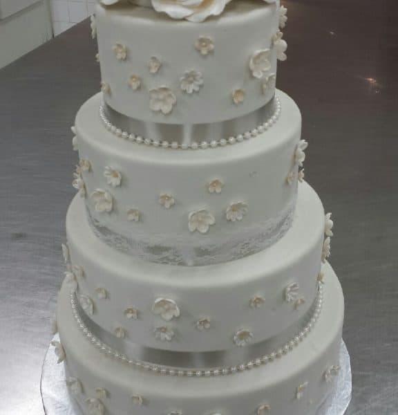 Wedding Cake 1226