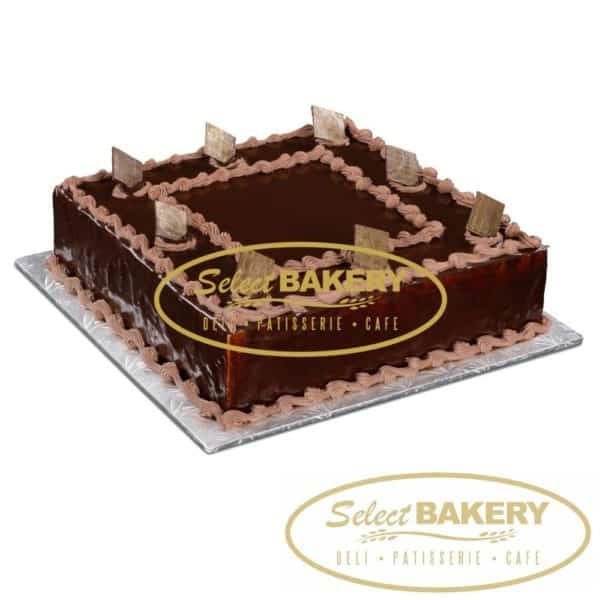 Medium Square Chocolate Cake - 20-25 slices